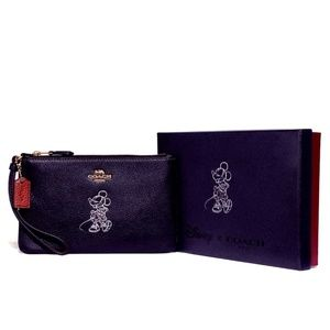 Coach Boxed Minnie Mouse small wristlet -- NWT
